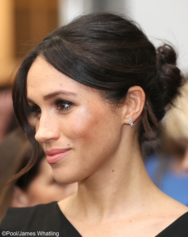 Meghan Markle Black Halo